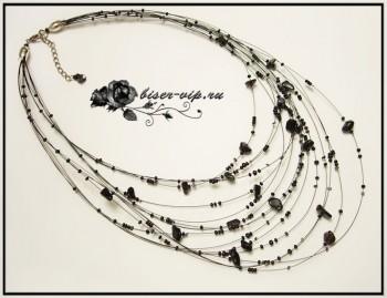 Для того, чтобы сделать такое ожерелье, нам понадобится. каменные сколы среднего размера * бисер 10, 8 * ювелирный...